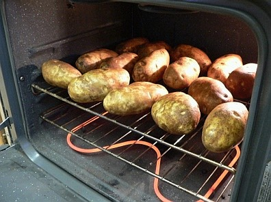 Potatoes on the rack